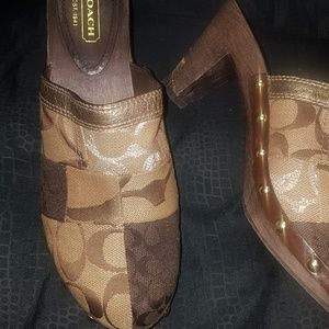 COACH HEELS 3INCHES
